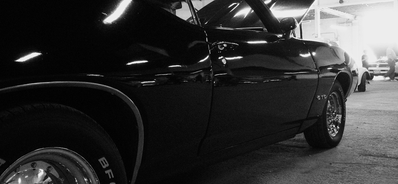 car-764835_1280